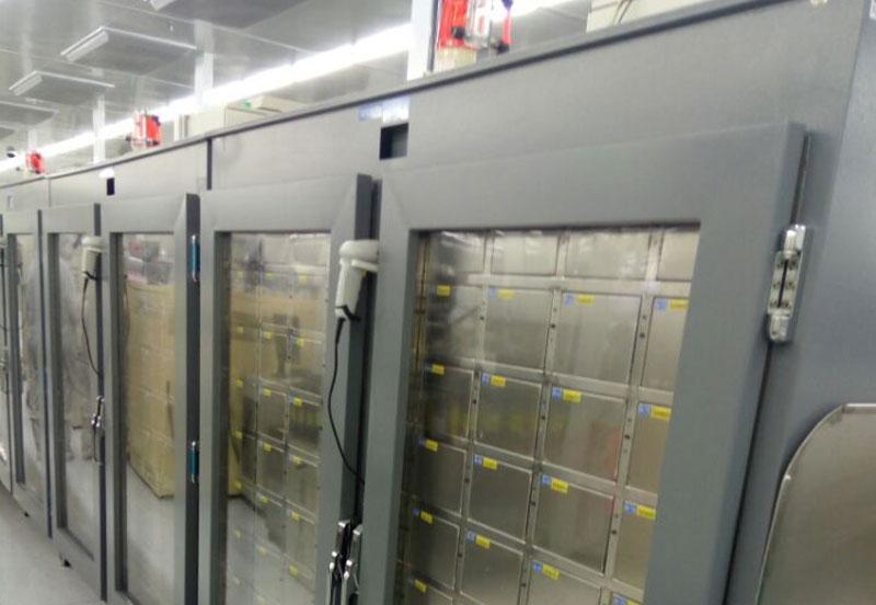 不锈钢智能氮气柜使用图.jpg